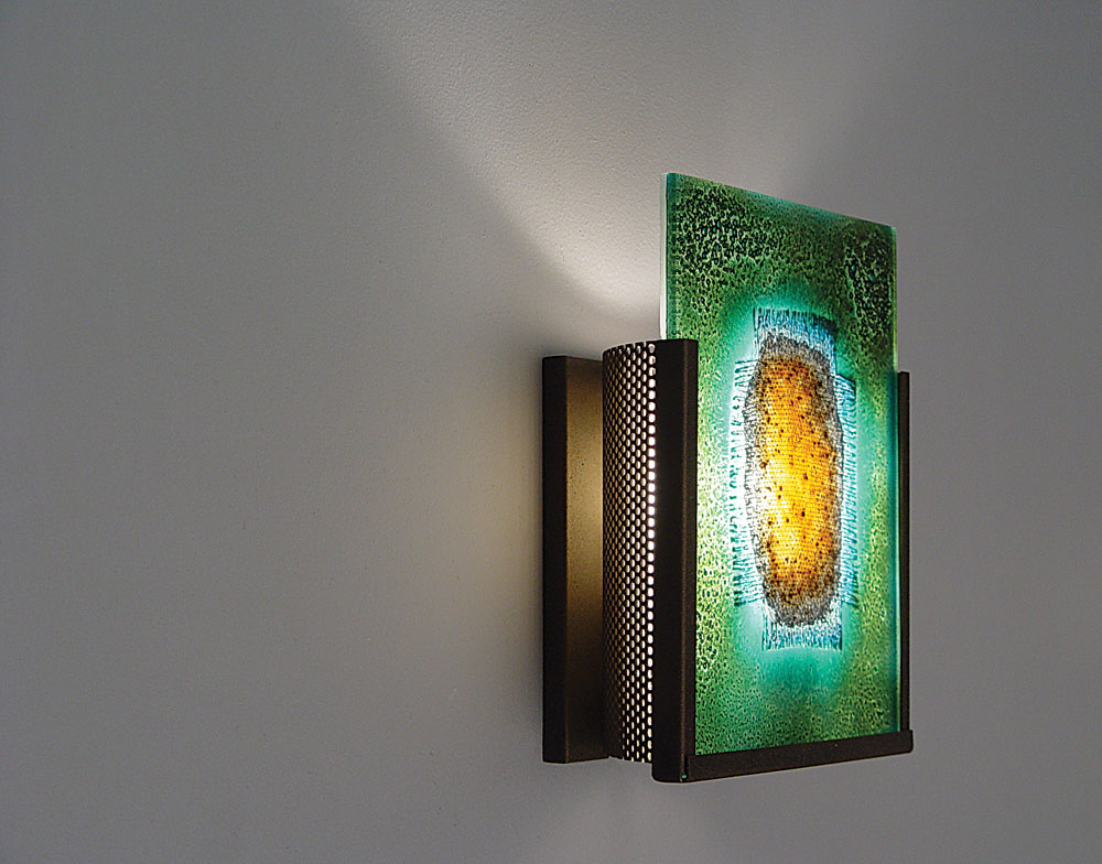 Shown in Bronze with Green Mesh glass selection with light diffuser.